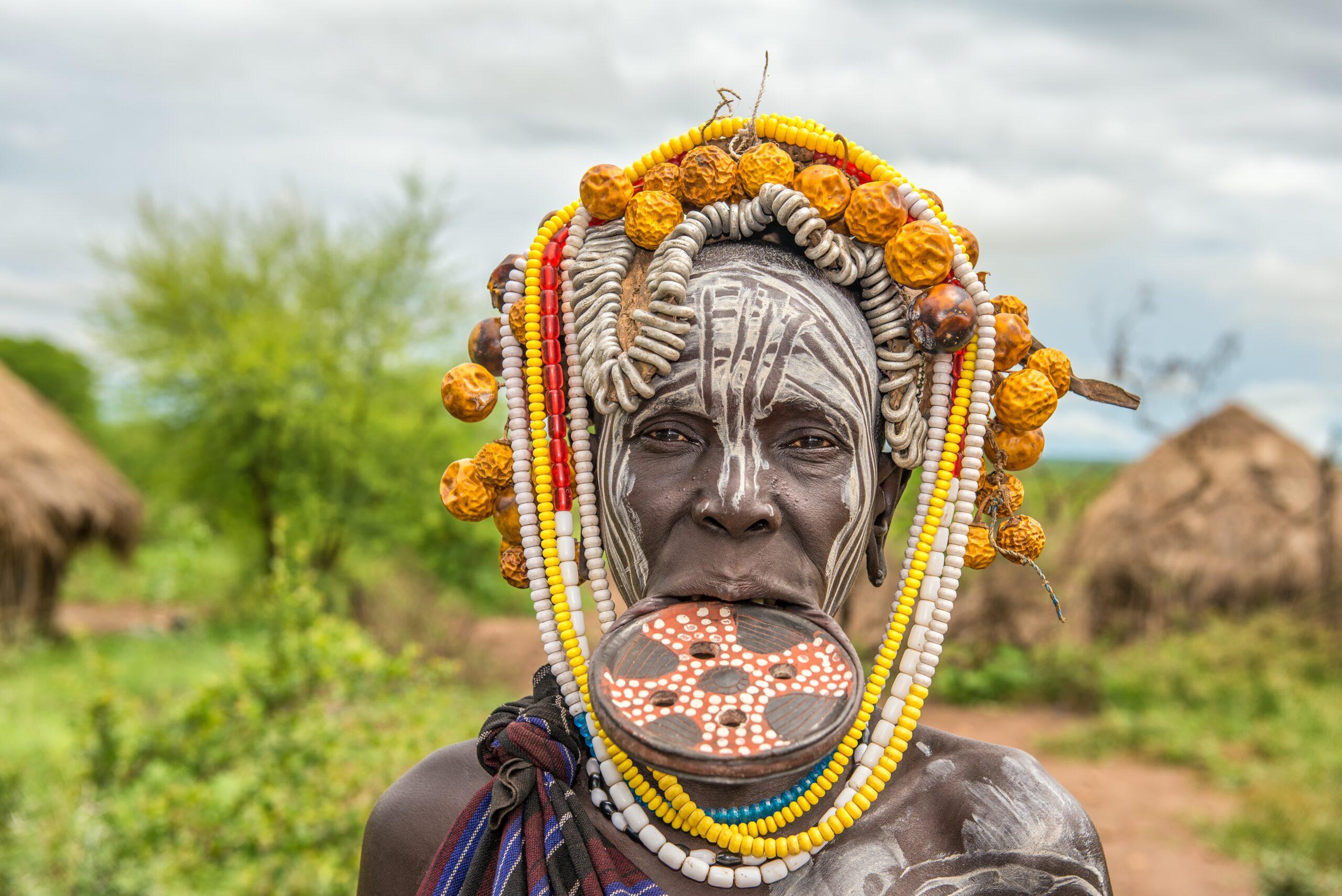 Omo-Tal,,Äthiopien,- 7. Mai,2015,: Frau,aus