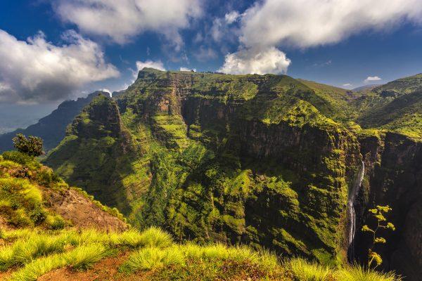 Montañas de Simián y las Cataratas de Jinbar